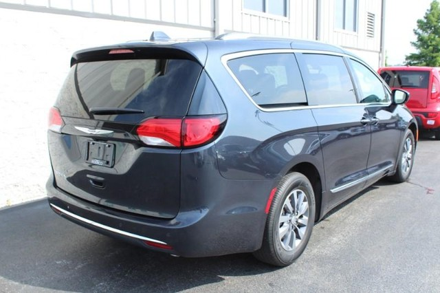 Pre-Owned 2019 Chrysler Pacifica Touring L Plus