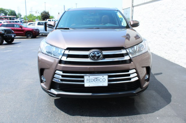 Pre-Owned 2019 Toyota Highlander Limited Platinum