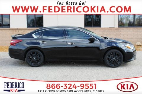 Pre-Owned 2017 Nissan Altima 2.5 SR